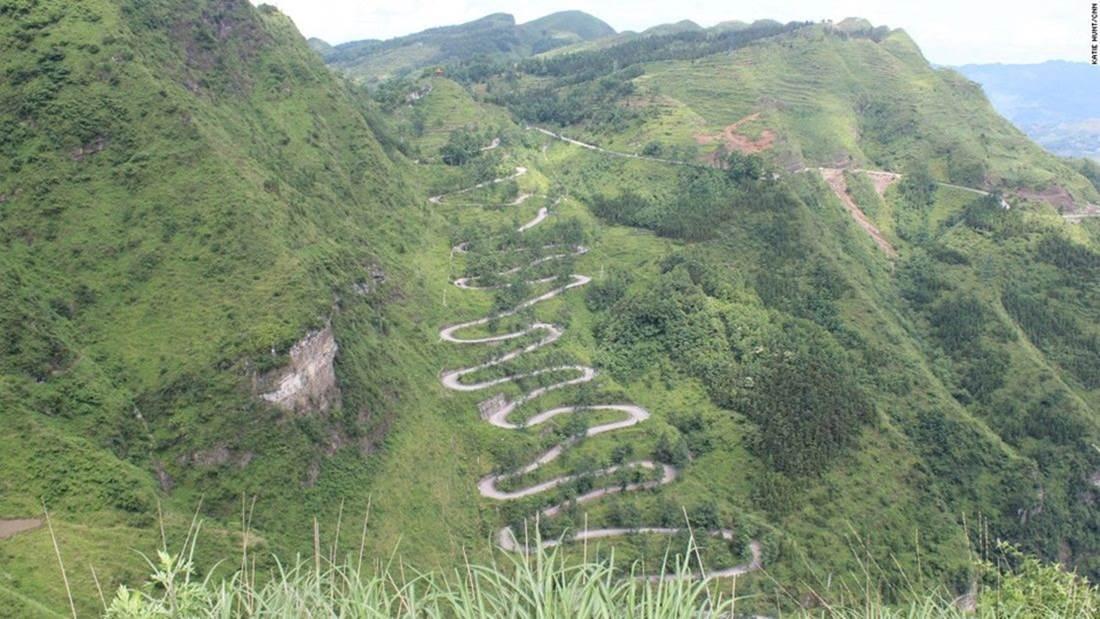Con đường 24 khúc cua đầy hiểm nguy-4