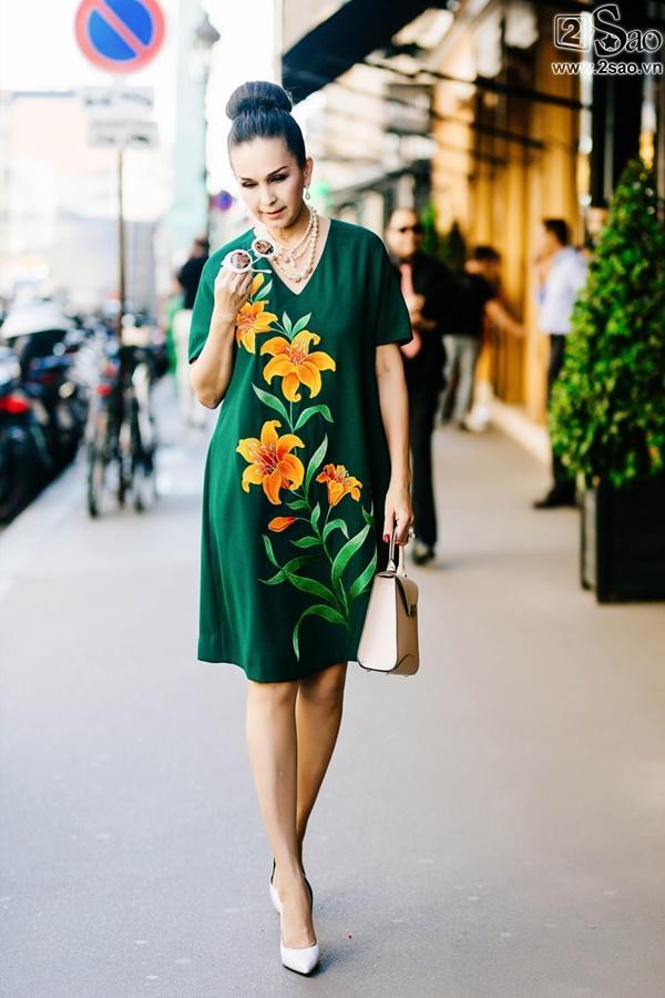 Bất chấp tuổi tác, Diễm My chinh phục bộ sưu tập váy sặc sỡ còn hơn nhiều hotteen-10