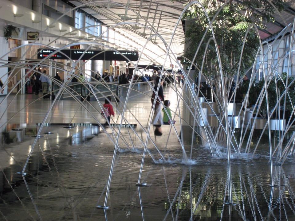 Những sân bay tuyệt đến mức dù bị hoãn chuyến, khách cũng khó bực mình-8