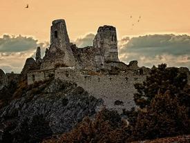 Bí ẩn lâu đài 'tắm máu' Cachtice, nỗi sợ hãi ngàn đời của trinh nữ thế kỷ 16