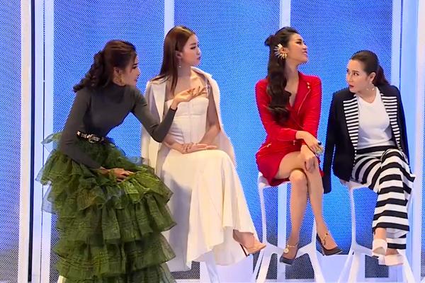 Xưng hô 'lệch vai' với bậc đàn chị, dàn HLV The Face gây tranh cãi về văn hóa ứng xử-2