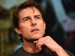Phim ngừng quay vì Tom Cruise bị thương