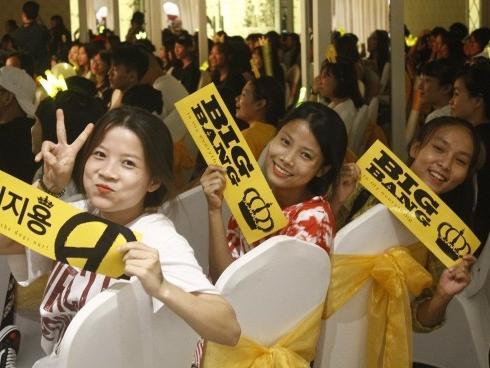 Fan Việt hòa cùng fan Quốc tế mừng kỉ niệm 11 năm thành lập Big Bang