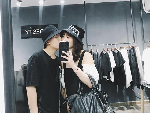 Hot girl - hot boy Việt 18/8: Phở - SunHt công khai ảnh 'khóa môi'