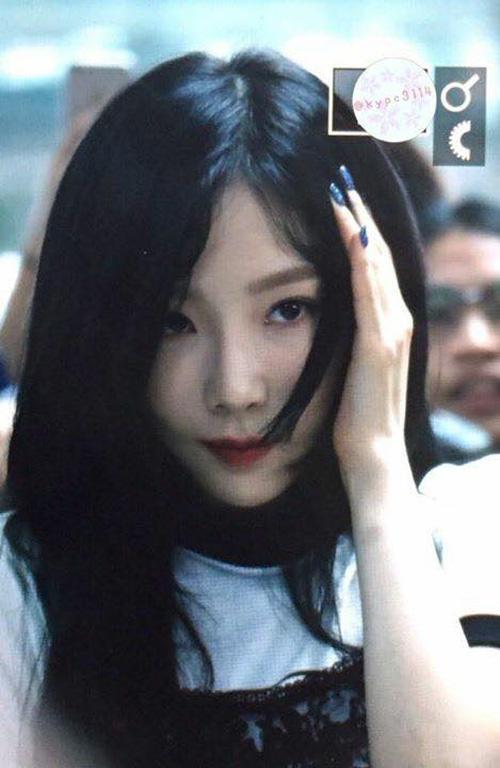 Ngày xui 'sấp mặt' của Taeyeon: Ngã giữa sân bay, camera đập trúng đầu, truyền thông bịa đặt-2