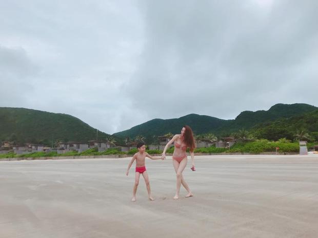 ĐỘC QUYỀN: Clip Hồ Ngọc Hà và Kim Lý hôn nhau khi cùng đi nghỉ dưỡng Côn Đảo-5