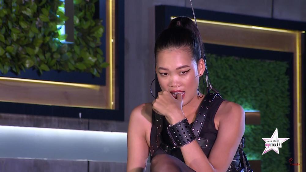 Clip Trương Ngọc Ánh đuổi thẳng Nam Trung và Hoàng Yến ra khỏi phòng loại Next Top-5