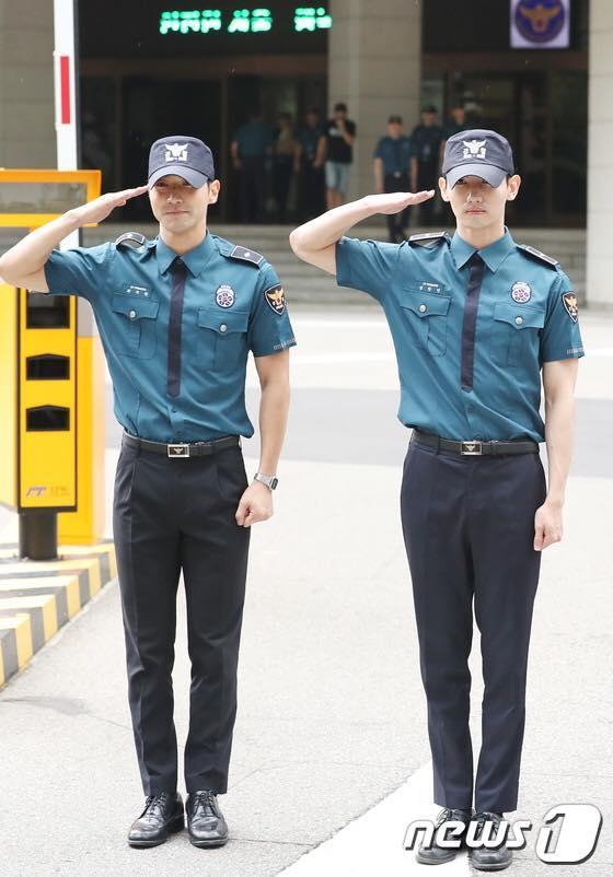 Sao Hàn 18/8: Cặp đôi Tiên nữ cử tạ Nam Joo Hyuk và Lee Sung Kyung xác nhận chia tay-4