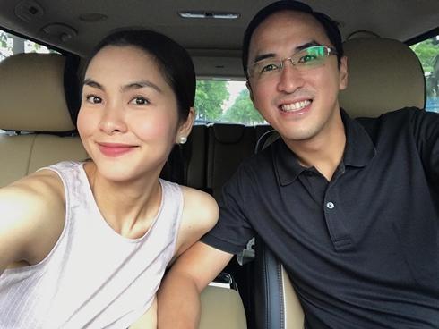 Tin sao Việt 18/8: Tăng Thanh Hà khoe mặt tròn xoe khi sánh đôi bên ông xã