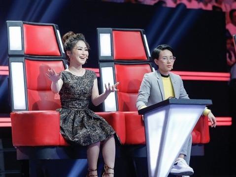 Hương Tràm tự tin mang làn gió mới đến The Voice Kids 2017