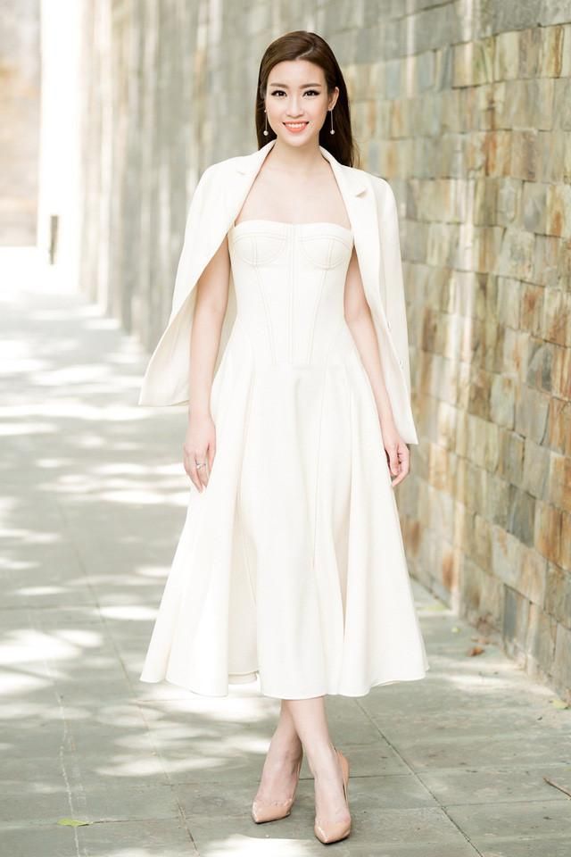 Hoa hậu Đỗ Mỹ Linh chuộng phong cách công chúa-2