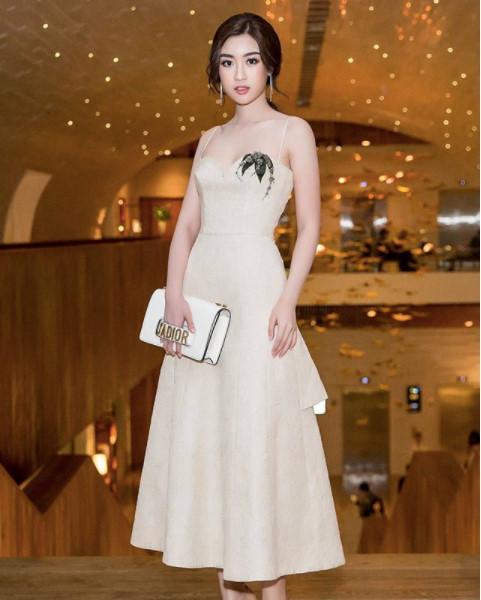 Hoa hậu Đỗ Mỹ Linh chuộng phong cách công chúa-3