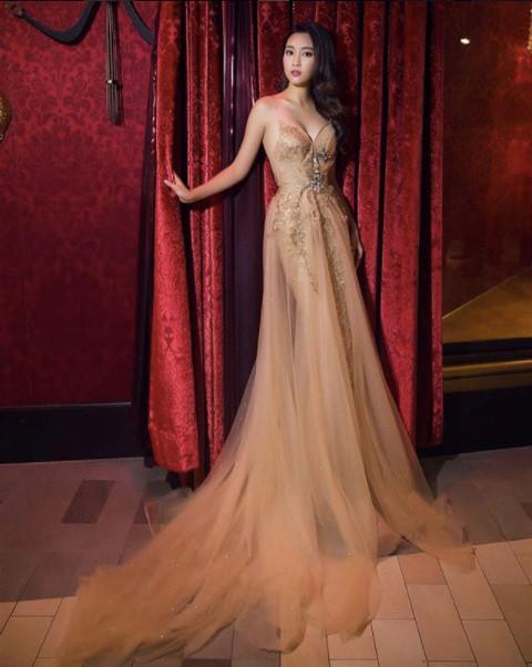 Hoa hậu Đỗ Mỹ Linh chuộng phong cách công chúa-4