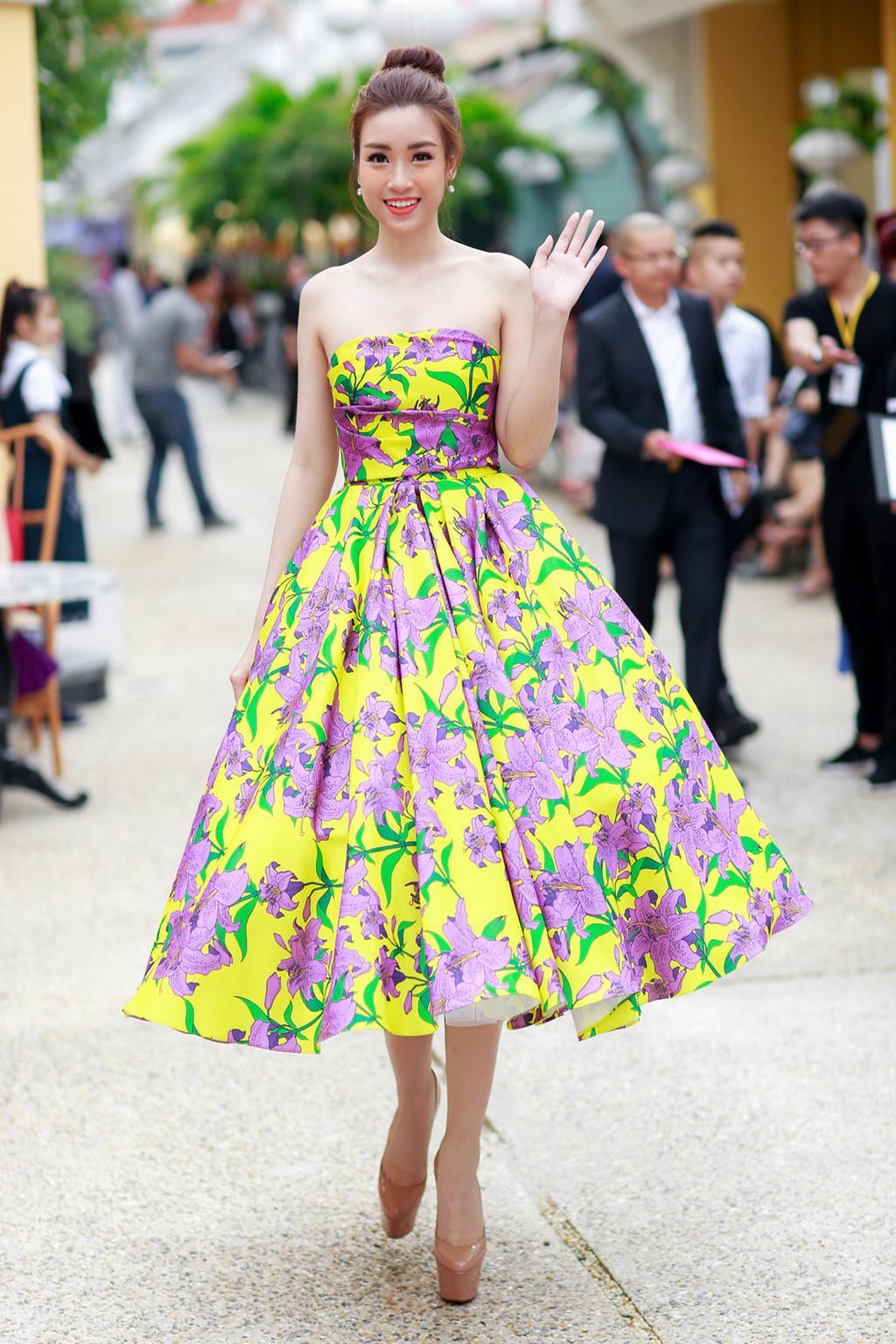 Hoa hậu Đỗ Mỹ Linh chuộng phong cách công chúa-5