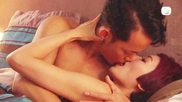 Phim TVB bị ném đá tơi tả vì cảnh hôn ướt át đầy phản cảm-4