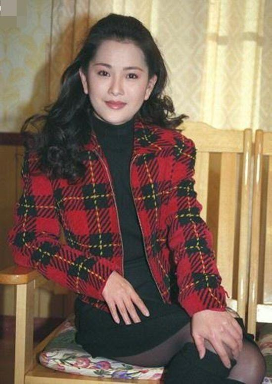 Mỹ nhân đẹp nhất Bao Thanh Thiên từng tự tử vì tin đồn yêu xã hội đen-8