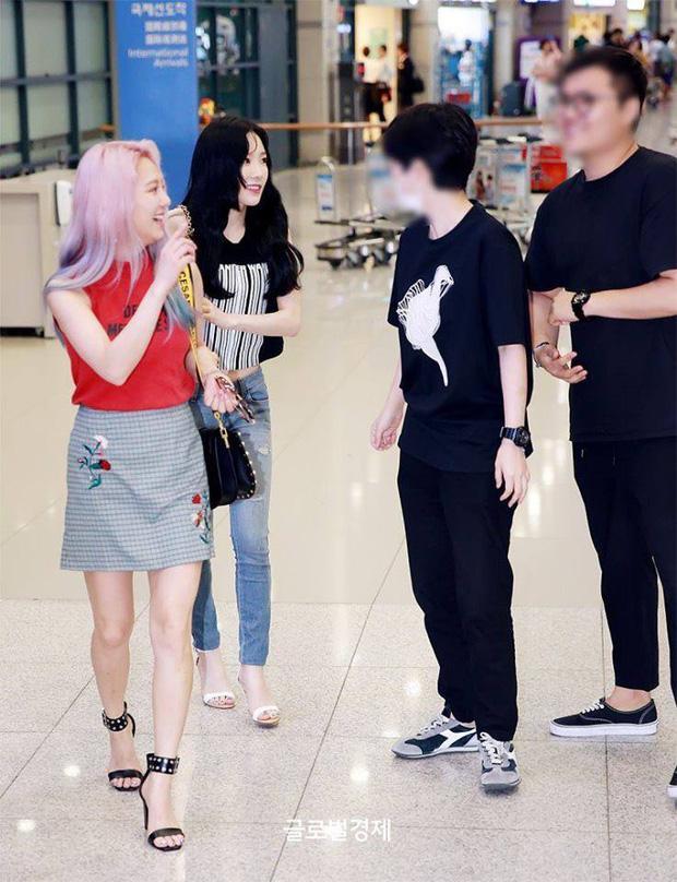 Taeyeon biểu diễn với cánh tay bầm tím sau sự cố bị sàm sỡ ở sân bay-3