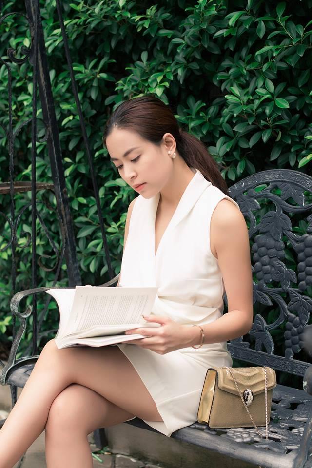 Tin sao Việt 19/8: Vy Oanh khoe cận mặt tiểu công chúa dễ thương chưa đầy 1 tháng tuổi-4
