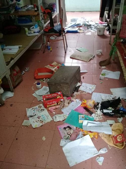 Kinh hoàng cảnh sống trên đống rác của nữ sinh Việt-2