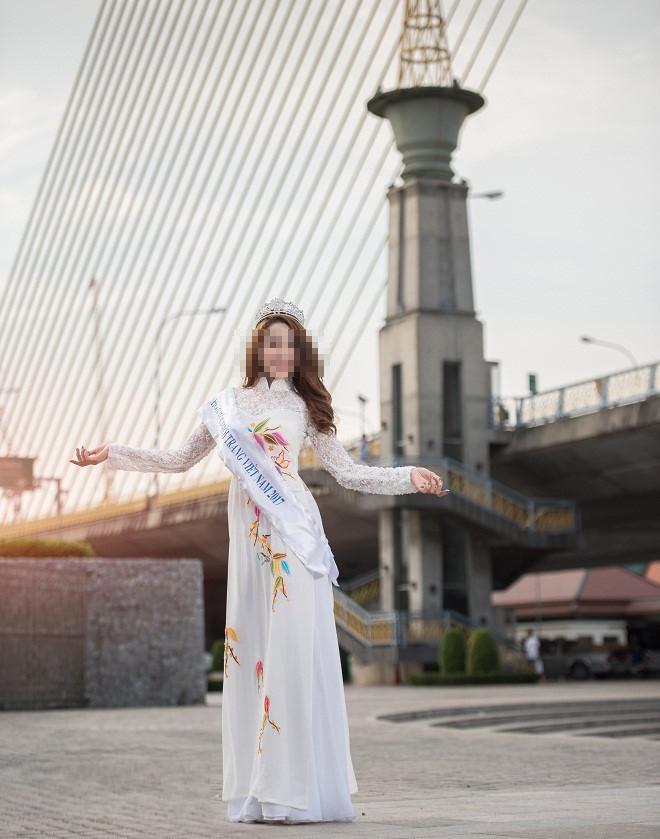 Tin nóng trong ngày 19/8: Hoa khôi bán dâm đăng quang ở cuộc thi trái phép-1