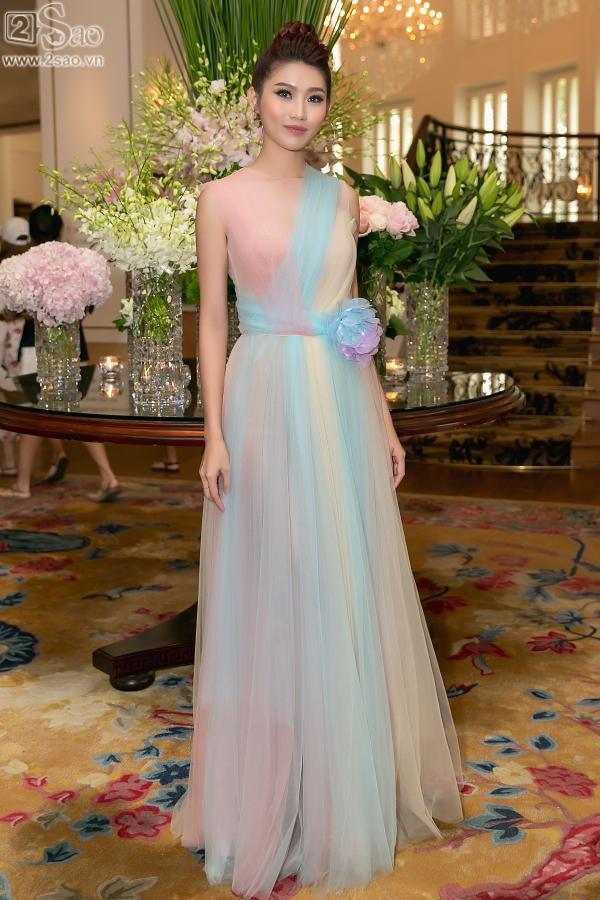 Cận cảnh vương miện 2,7 tỷ đồng thiết kế riêng cho tân Hoa hậu Hoàn Vũ Việt Nam 2017-9