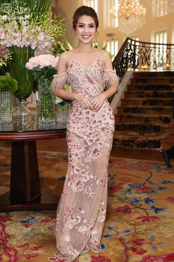 Cận cảnh vương miện 2,7 tỷ đồng thiết kế riêng cho tân Hoa hậu Hoàn Vũ Việt Nam 2017-13