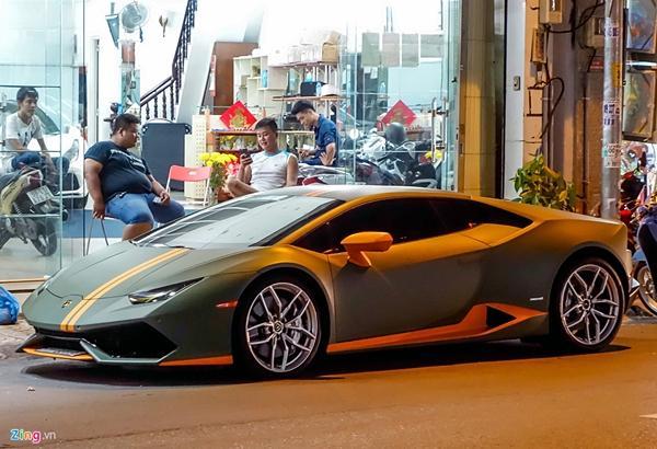 Lamborghini Huracan phong cách máy bay chiến đấu ở Sài Gòn-2