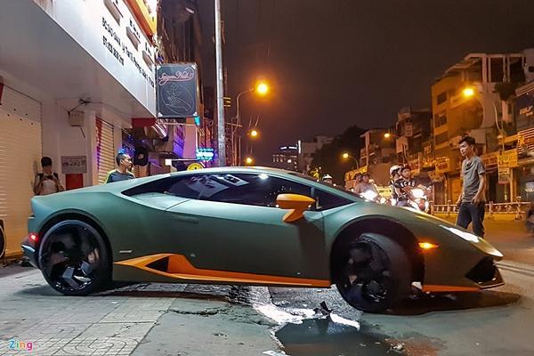 Lamborghini Huracan phong cách máy bay chiến đấu ở Sài Gòn-9