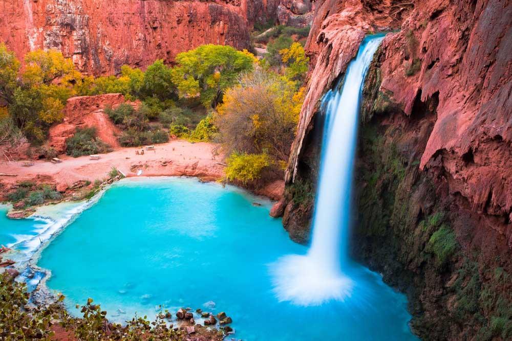 Phát cuồng vì thác nước đẹp không tưởng ẩn mình trong hẻm núi-1