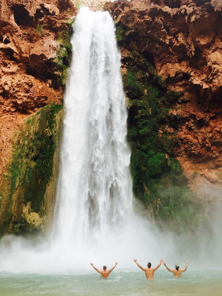 Phát cuồng vì thác nước đẹp không tưởng ẩn mình trong hẻm núi-6