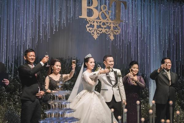 Tái xuất với Ngôi nhà hoa hồng trong đám cưới anh trai, Bảo Thy - Quang Vinh vẫn tình tứ như xưa-3