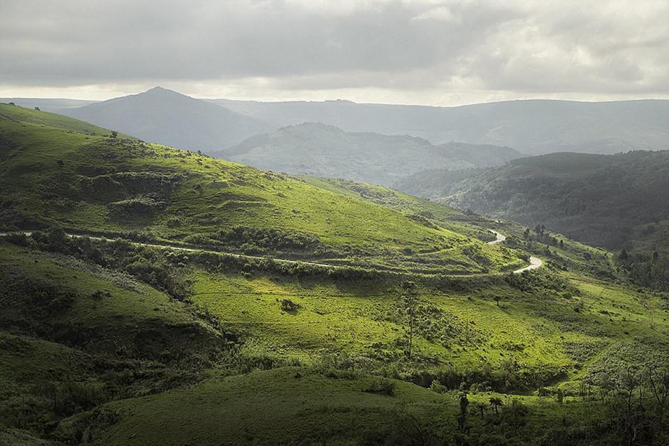 Du ngoạn dọc theo những quãng đường đẹp nhất thế giới-1