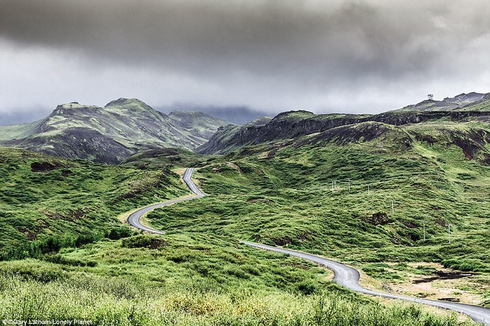 Du ngoạn dọc theo những quãng đường đẹp nhất thế giới-3