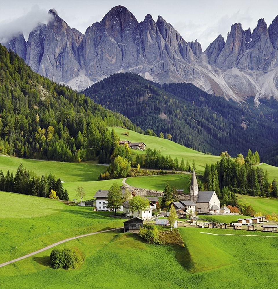 Du ngoạn dọc theo những quãng đường đẹp nhất thế giới-8