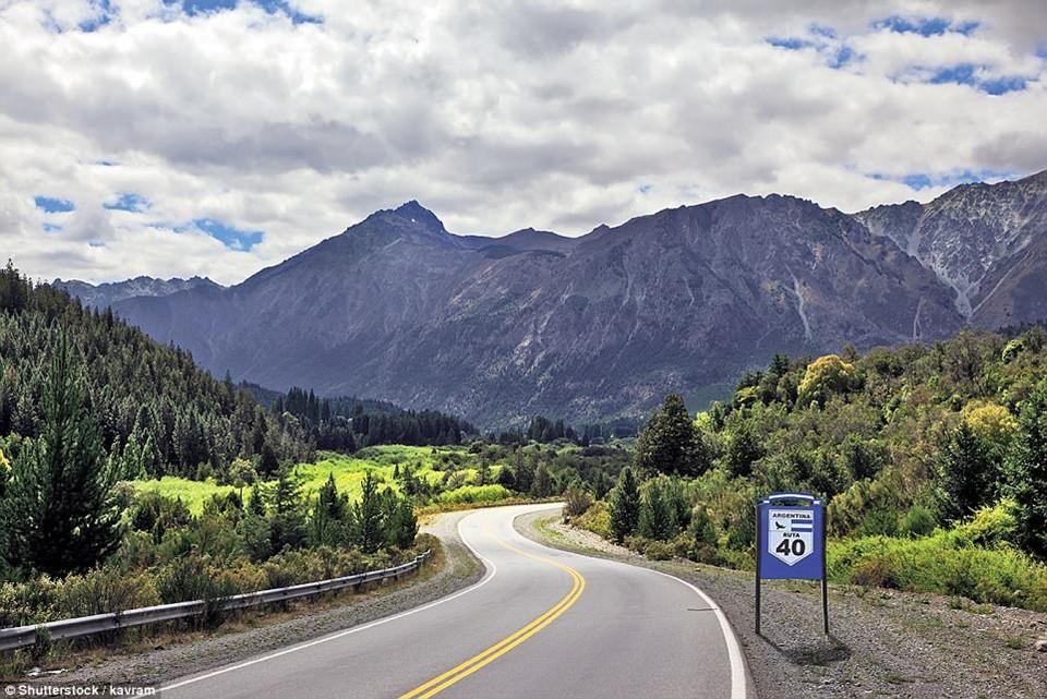 Du ngoạn dọc theo những quãng đường đẹp nhất thế giới-11