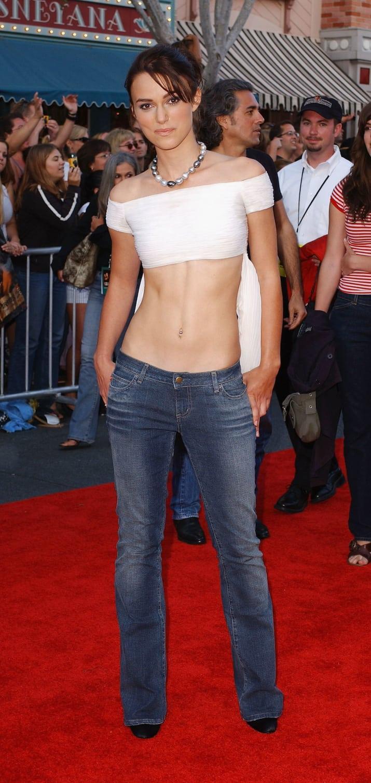 Gái trẻ khóc thét khi biết kiểu quần jeans sành điệu nhất năm 2000-5