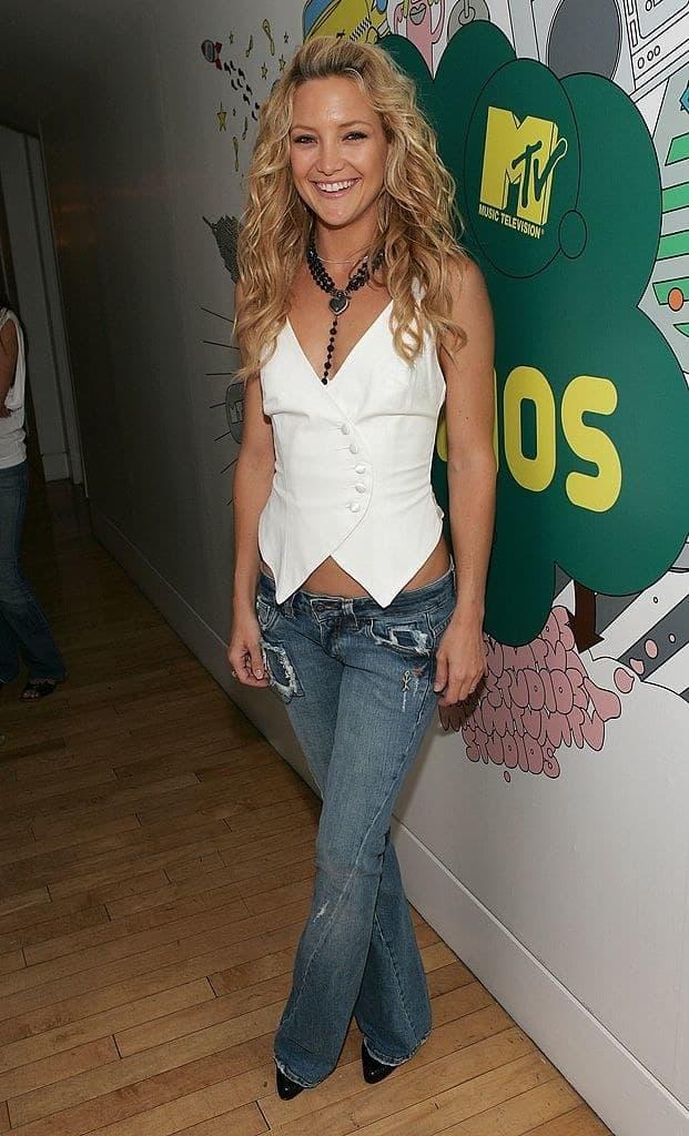 Gái trẻ khóc thét khi biết kiểu quần jeans sành điệu nhất năm 2000-6