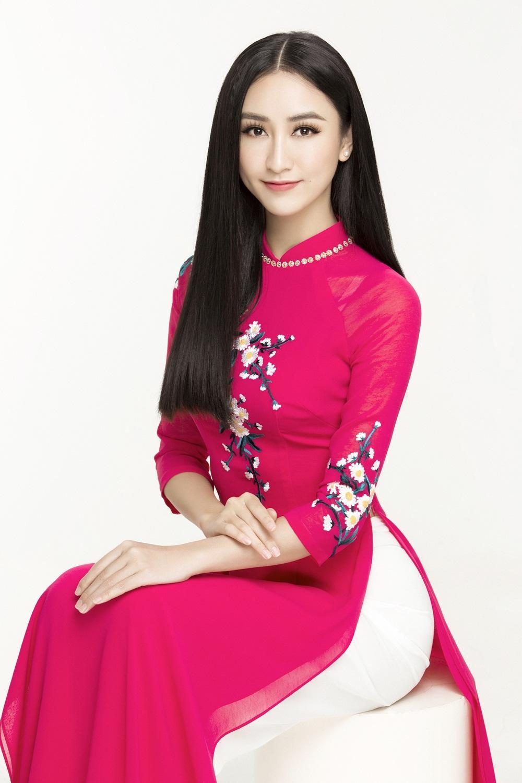 Á hậu Hà Thu chính thức đại diện Việt Nam tranh vương miện Miss Earth 2017-2