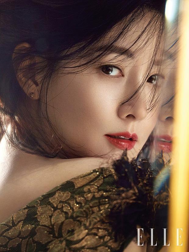 Sao Hàn 21/8: Bước vào tuổi U50, nàng Dae Jang Geum Lee Young Ae vẫn đẹp xuất sắc không ngờ-1