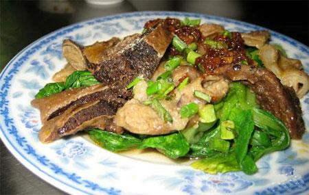 Đến Bình Định chỉ cần ăn gié bò, nhâm nhi ly rượu bàu đá là khoái quên đường về-4