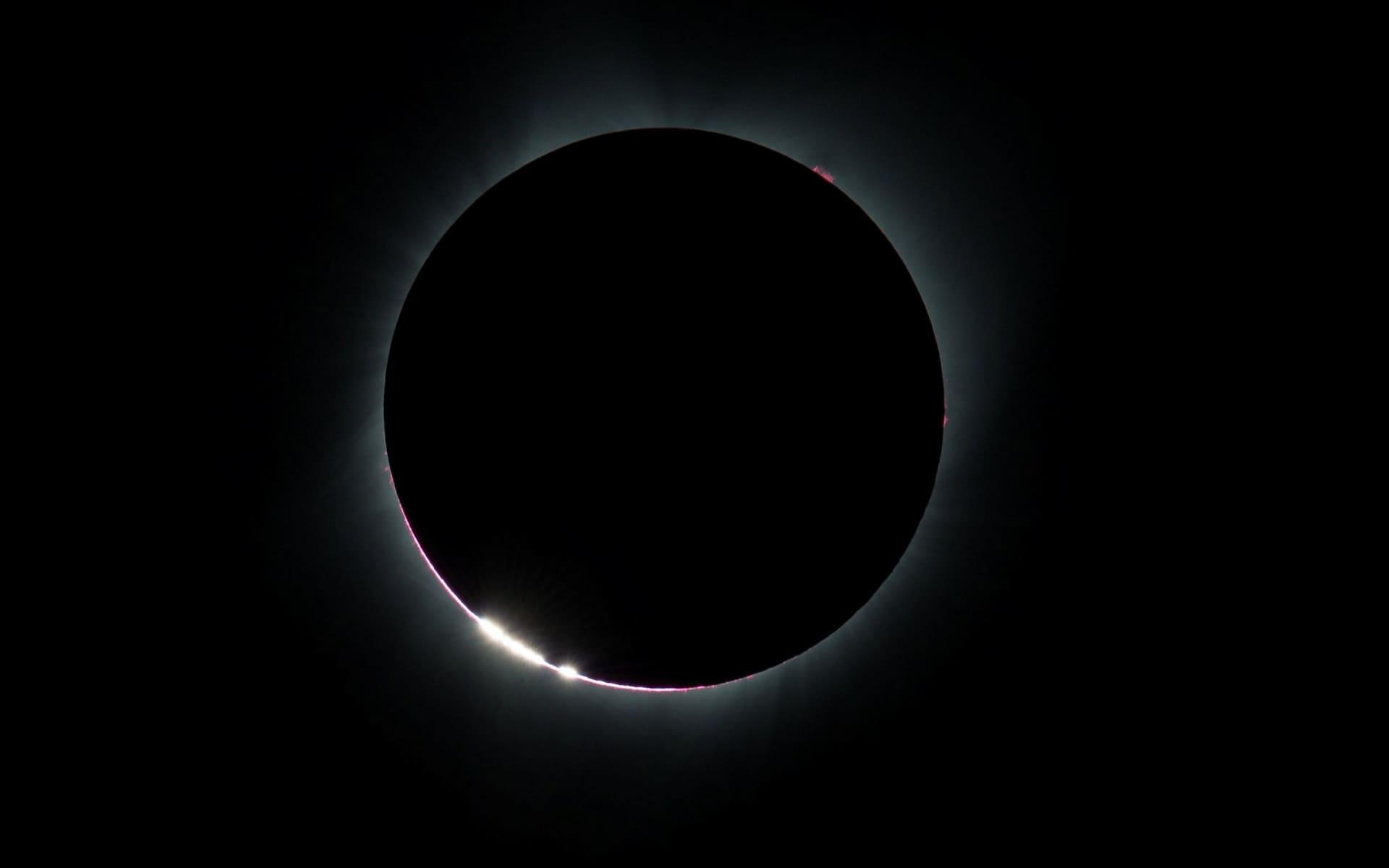 Những khoảnh khắc ấn tượng về nhật thực toàn phần tại Mỹ-4
