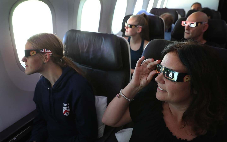 Những khoảnh khắc ấn tượng về nhật thực toàn phần tại Mỹ-8
