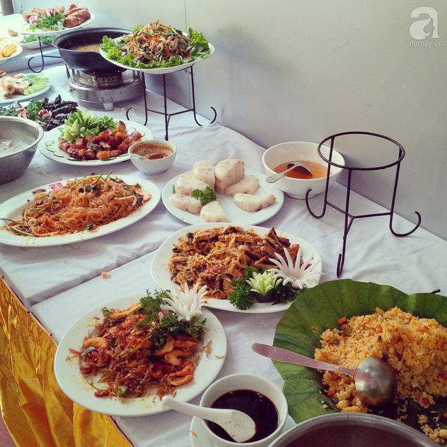 8 địa chỉ buffet chay cực bình dân nên thử ngay cho ngày đầu tháng Vu Lan-11