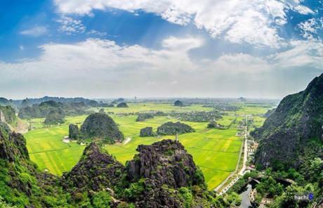 Sao Việt mê mẩn cảnh sắc tuyệt đẹp của núi Múa-1