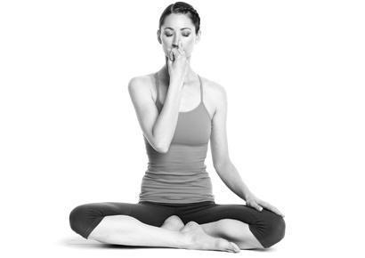 8 động tác yoga đẩy lùi bệnh tật-3