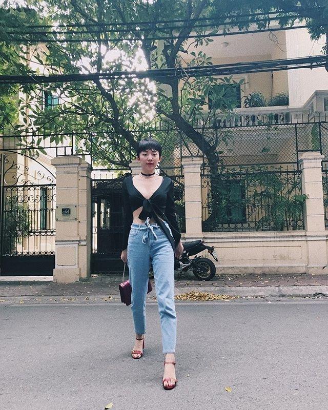 Diện áo một gang, Hòa Minzy - Tóc Tiên đẹp quên lối về trong street style tuần này-9