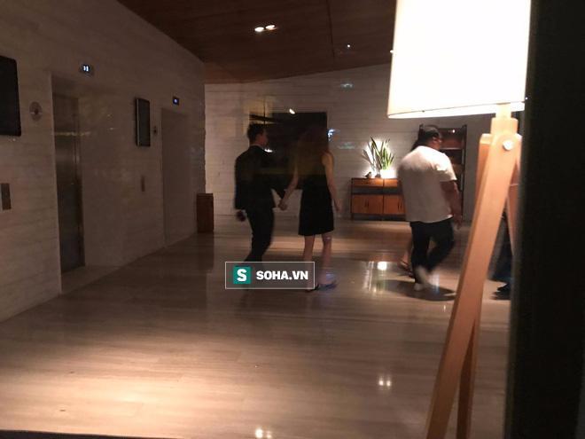 Clip Hà Hồ nắm tay Kim Lý cùng về nhà, chính thức công khai quan hệ yêu đương-5