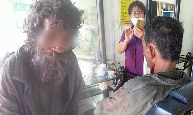 Thấy người đàn ông khốn khổ đi vào tiệm, cô thợ cắt tóc liền trổ tài và kết quả thật đáng kinh ngạc-1