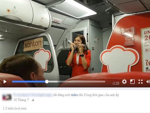 Nữ tiếp viên xinh đẹp người Thái hát trên máy bay hút triệu lượt xem