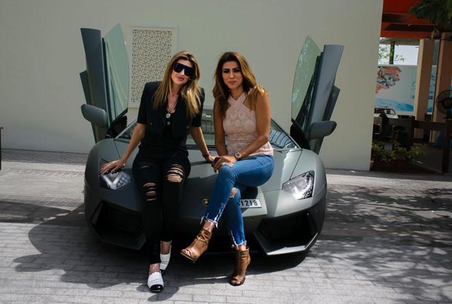 Arabian Gazelles - câu lạc bộ siêu xe cho chị em giàu có-1